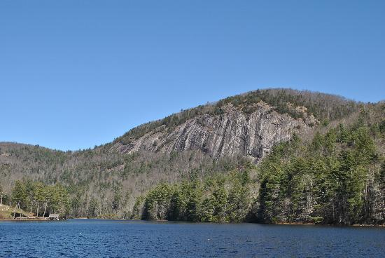 Foxhunt at Sapphire Valley: The lake - swimming and boating here!