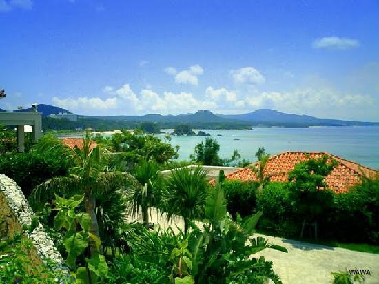 The Busena Terrace: 沖縄らしい光景