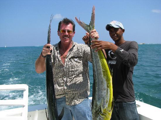 Mike's Marina Fishing Charters SRL: Someones eating Mahi Mahi tonight
