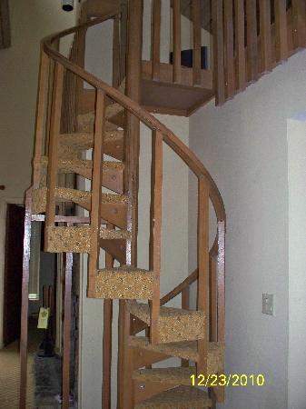 Wyndham Resort At Fairfield Bay: Spiral Staircase To Loft