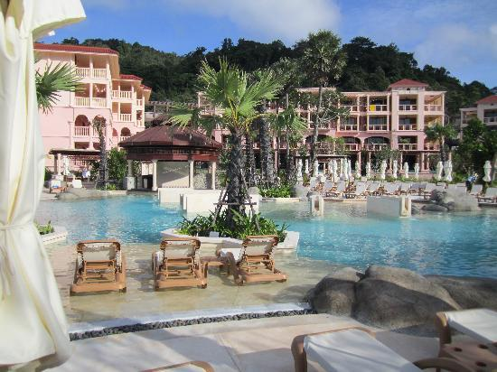 Centara Grand Beach Resort Phuket : Pool