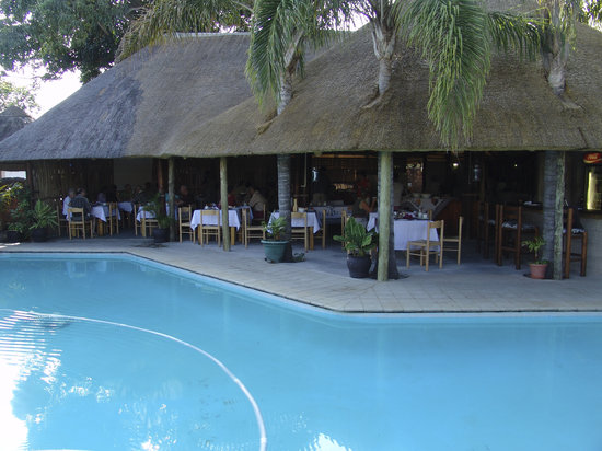 St. Lucia Safari Lodge: Pool and Lapa