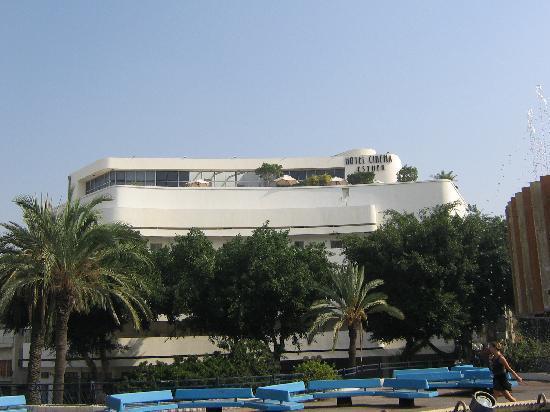 Cinema Hotel Tel Aviv - an Atlas Boutique Hotel: Cinema Hotel from Dizengoff Fountain
