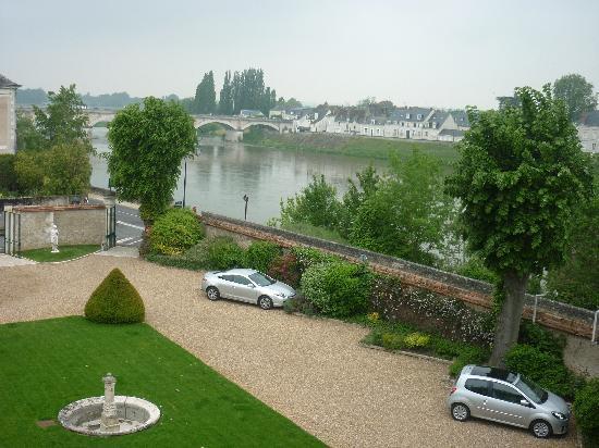 Hotel Le Manoir les Minimes: Manoir by the Loire River