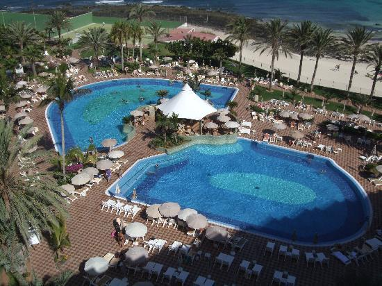 Hotel Riu Palace Tres Islas: Swimming pools.