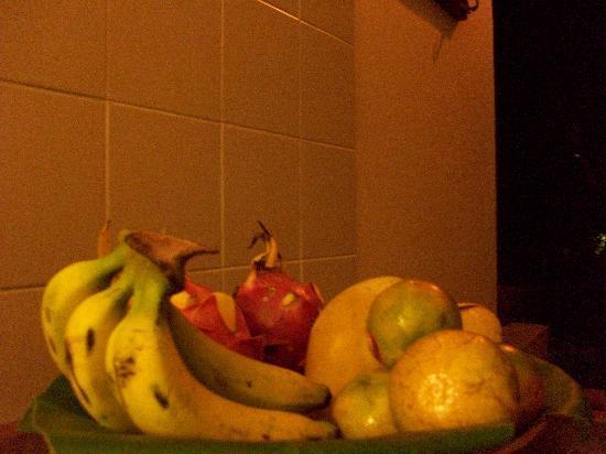 Tamarind Springs Tropical Villas: Fresh fruits