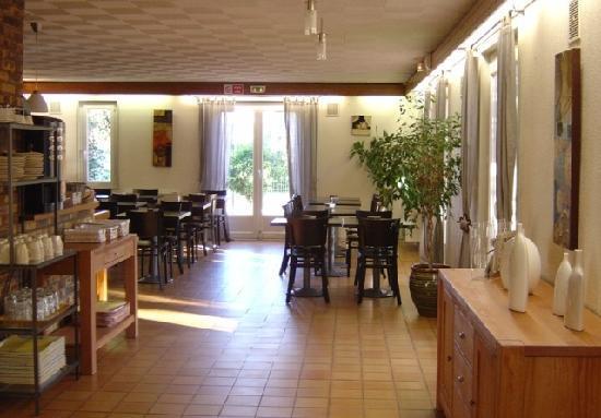 Brit Hotel Plaisance: Salle petit-déjeuner