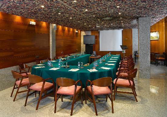 Hotel sercotel san jose updated 2017 reviews albacete for Sala de reuniones