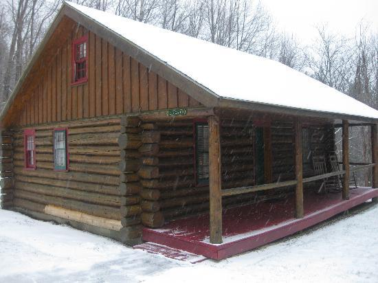 Christmas Farm Inn & Spa: Log cabin