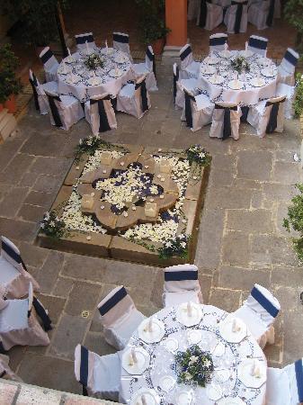 Hotel de la Opera : Wedding tables