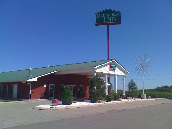 Steele, MO: Front of the motel