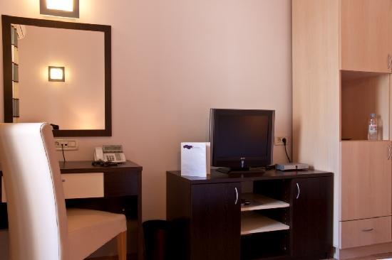 Berkeley Hotel & Day Spa: Standard double room