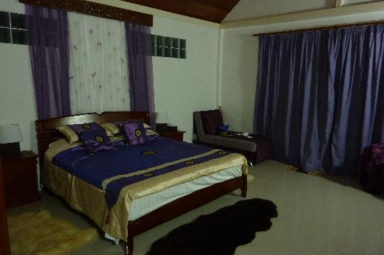 Kingsacre: The Room