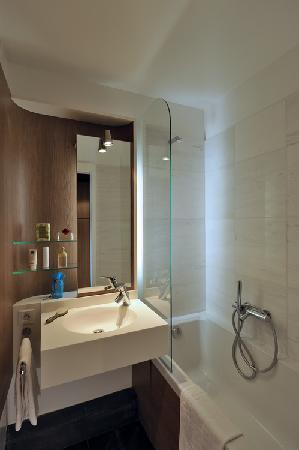 Resideal Premium Cannes: Exemple de salle de bain