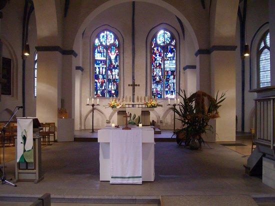 St. Martin: Altarraum der Kirche