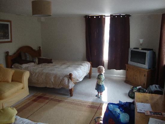 Millbatch Farm: Large Family Bedroom 1