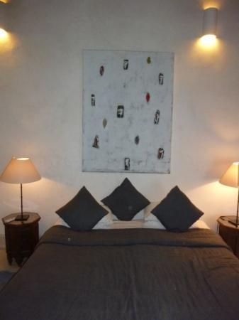 Riad Mabrouka Marrakech: Suite Tanger (Bed)