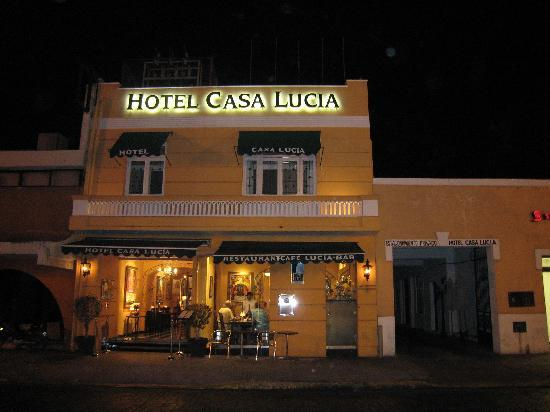 Hotel Casa Lucia: Street view is deceving - this place is gorgeous