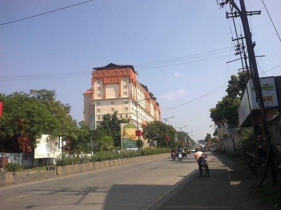 Le Meridien Pune