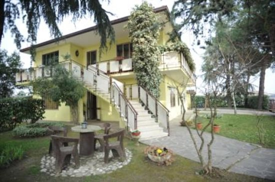 Cadoneghe, Italy: Esterno della casa