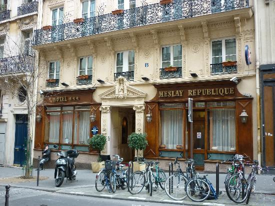 Fa ade de l 39 h tel picture of hotel meslay republique for Paris hotel address