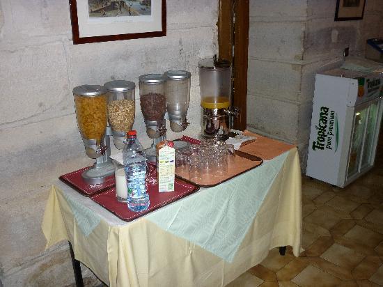 Hotel Meslay Republique : Buffet céréales