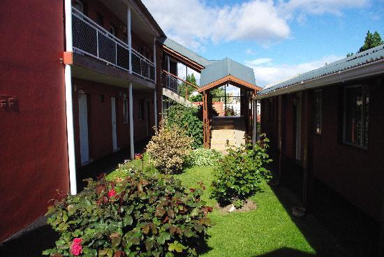 Hosteria Patagonia: Innenhof