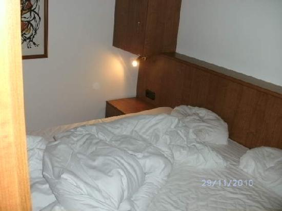 hier das mini schlafzimmer mit fußteil im trennschrank - picture, Schlafzimmer