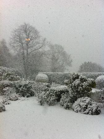 Rosslea Hall Country House Hotel: view from the breakfast room