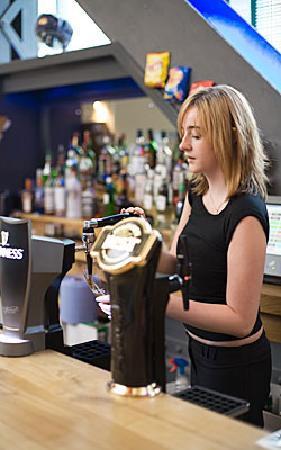 Bothan Bar Restaurant: great range of local ales, ice factor bothan bar