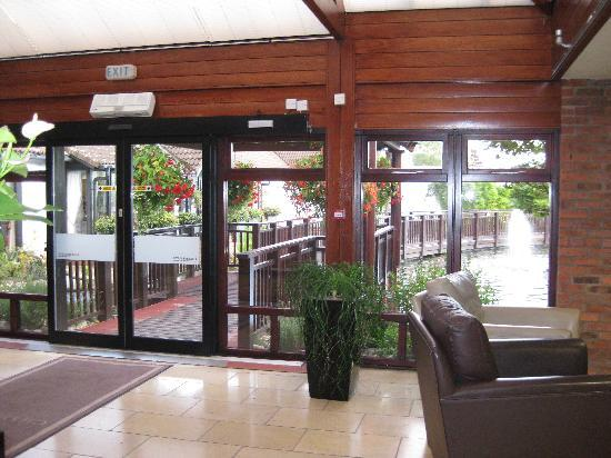 Champneys Springs Health Resort: Entrance (outside there is a pond with carp which is lovely).