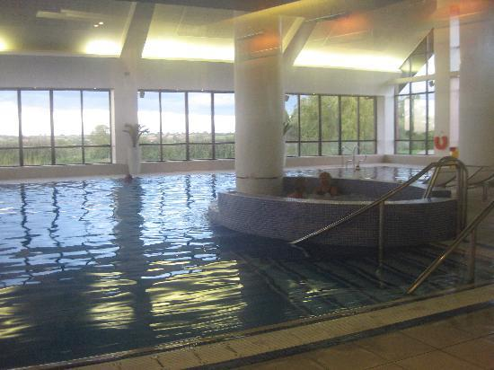 Champneys Springs Health Resort: Pool.