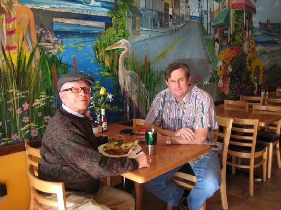 Swami's Cafe: Great new mural