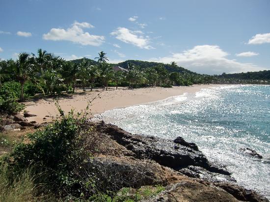 Galley Bay Resort: Vie along the beach