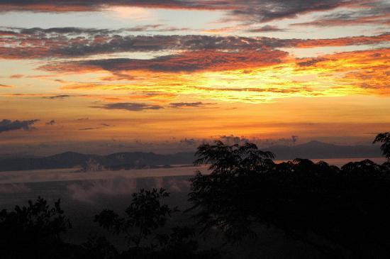 Finca El Mirador: der Himmel brennt
