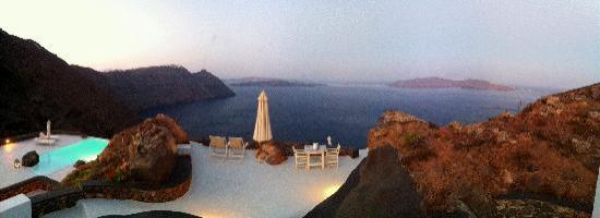 Aenaon Villas: Panoramic Sunrise from bedroom window