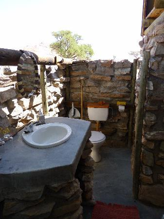 Camp Gecko Tented Camp: bathroom