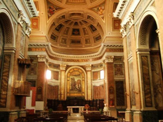 Polo Museale di San Francesco : サン・フランチェスコ教会内部