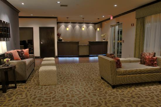 Baymont Inn & Suites Dallas/ Love Field: Lobby