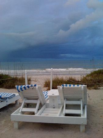 Bungalow Beach Resort: Even beautiful with a storm blowing in - cozy!