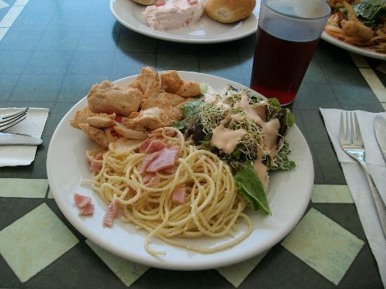 Villa Varadero Hotel & Suites: La comida del buffet...