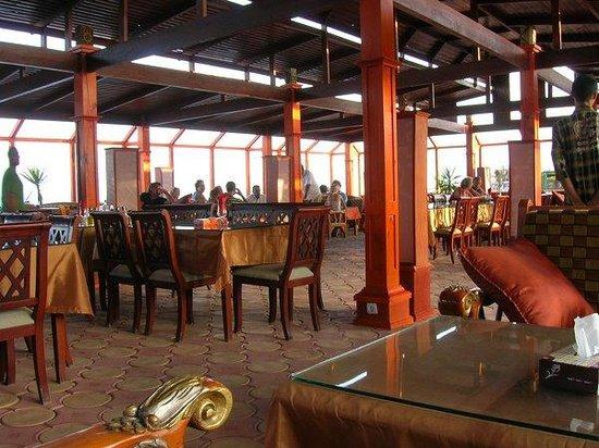 Al Capone Restaurant : Inside
