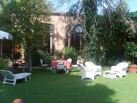 Casa Biancalana: le parc de Casabiancalana très beau