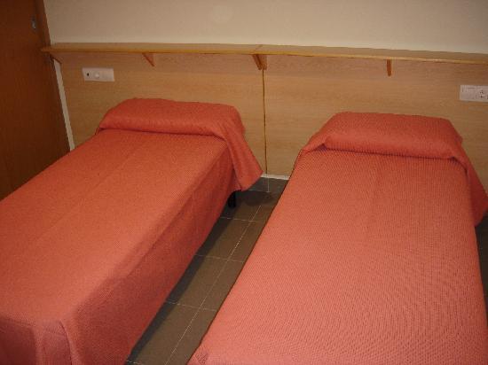 Hostal La Terrassa: camas