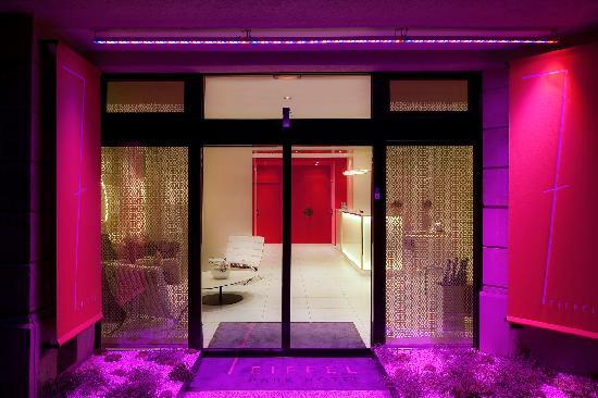 hotel 7 eiffel parijs frankrijk foto 39 s reviews en prijsvergelijking tripadvisor. Black Bedroom Furniture Sets. Home Design Ideas