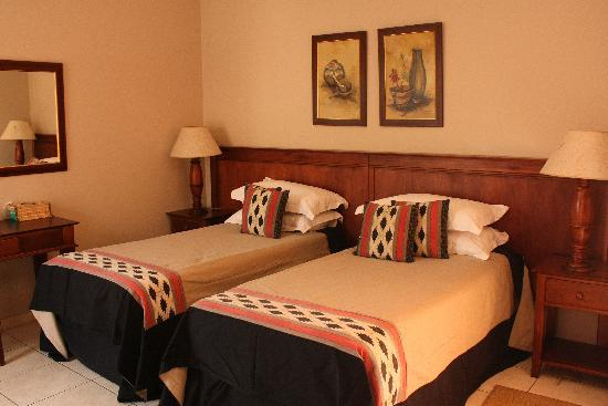 Eagles Nest Lodge & Conference centre: Twin or double rooms available