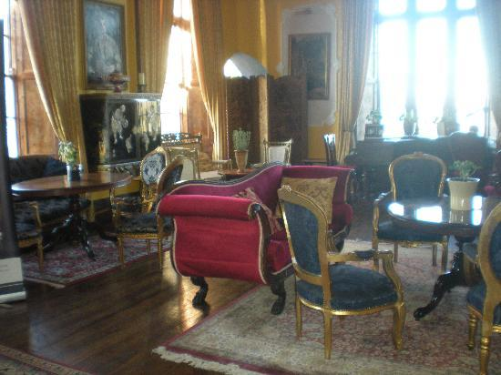 Kinnitty Castle Hotel: Drawing room