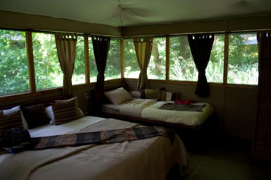 Meru National Park, Kenya: eco lodge with all the aminities you could wish for