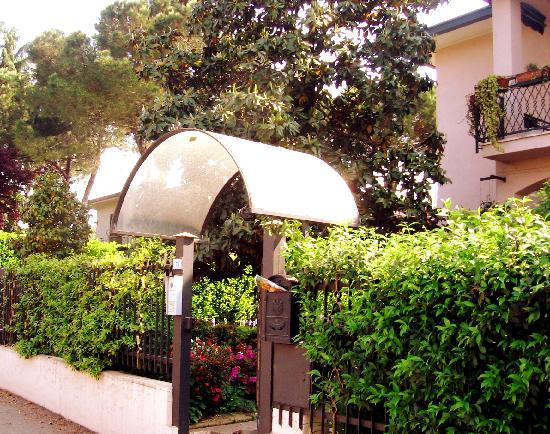 Monza Suite Rentals - Camere e Affitti Brevi: Ingresso