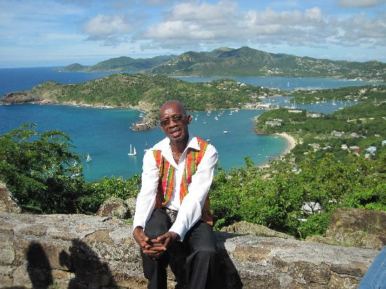 Lawrence of Antigua Tours: Lawrence - a very nice guy